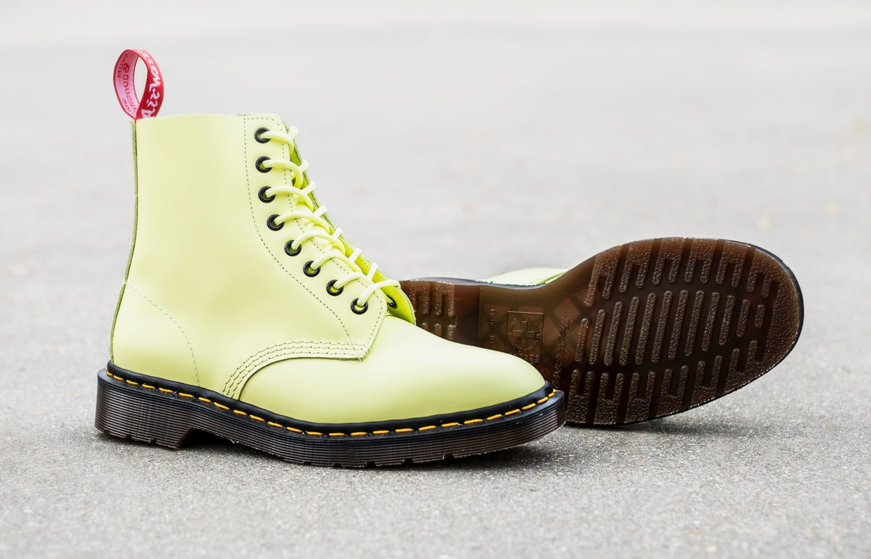 1460 UNDERCOVER PASTAL YELLOW