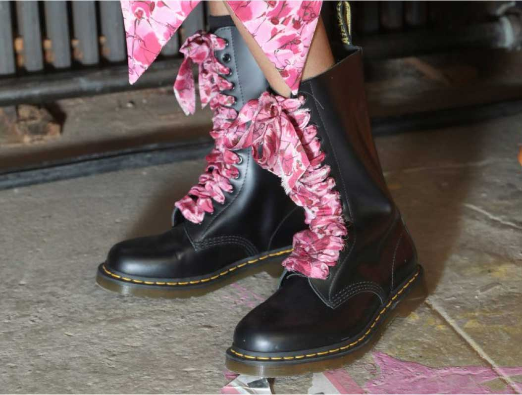 Ladies New Wedge Crocs Sandals Uk 7 For Sale in Crumlin